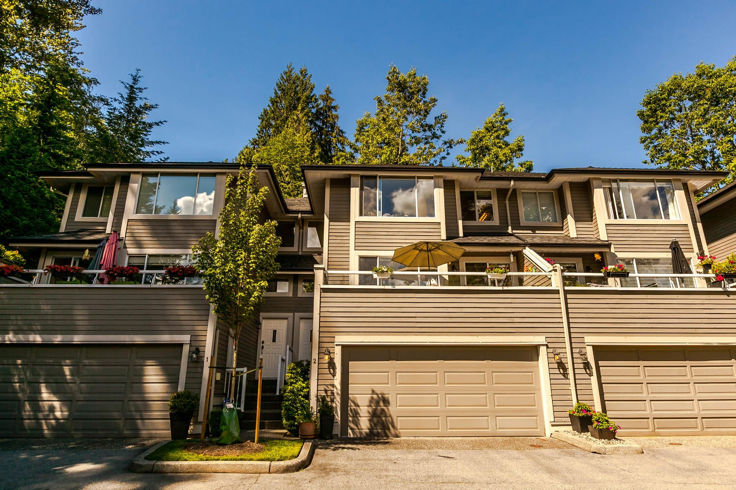 2 181 RAVINE DRIVE - Heritage Mountain Townhouse for sale, 3 Bedrooms (R2180403) #1